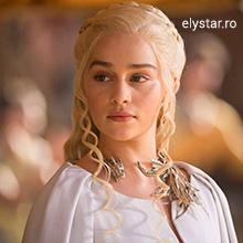 EMILIA CLARKE –  Khaleesi pe Via Combusta